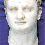 ritratto marmoreo di Tito